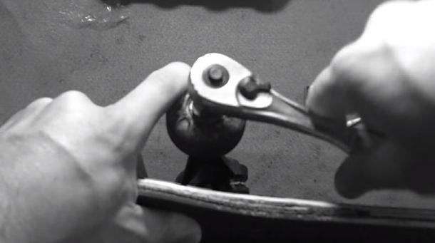 Clean Skateboard Wheel Bearings