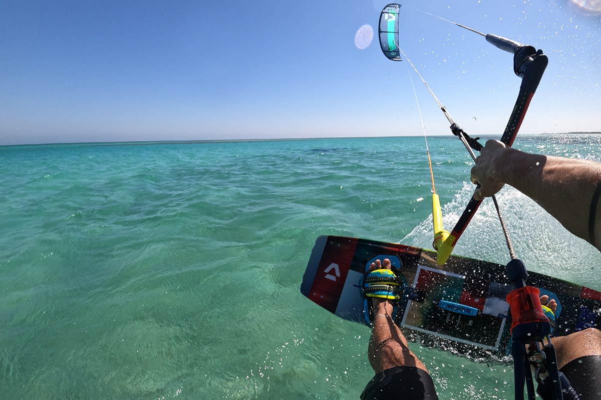 Kitesurfen_in_El_Gouna_Aegypten_im_Makani_Beach_Club